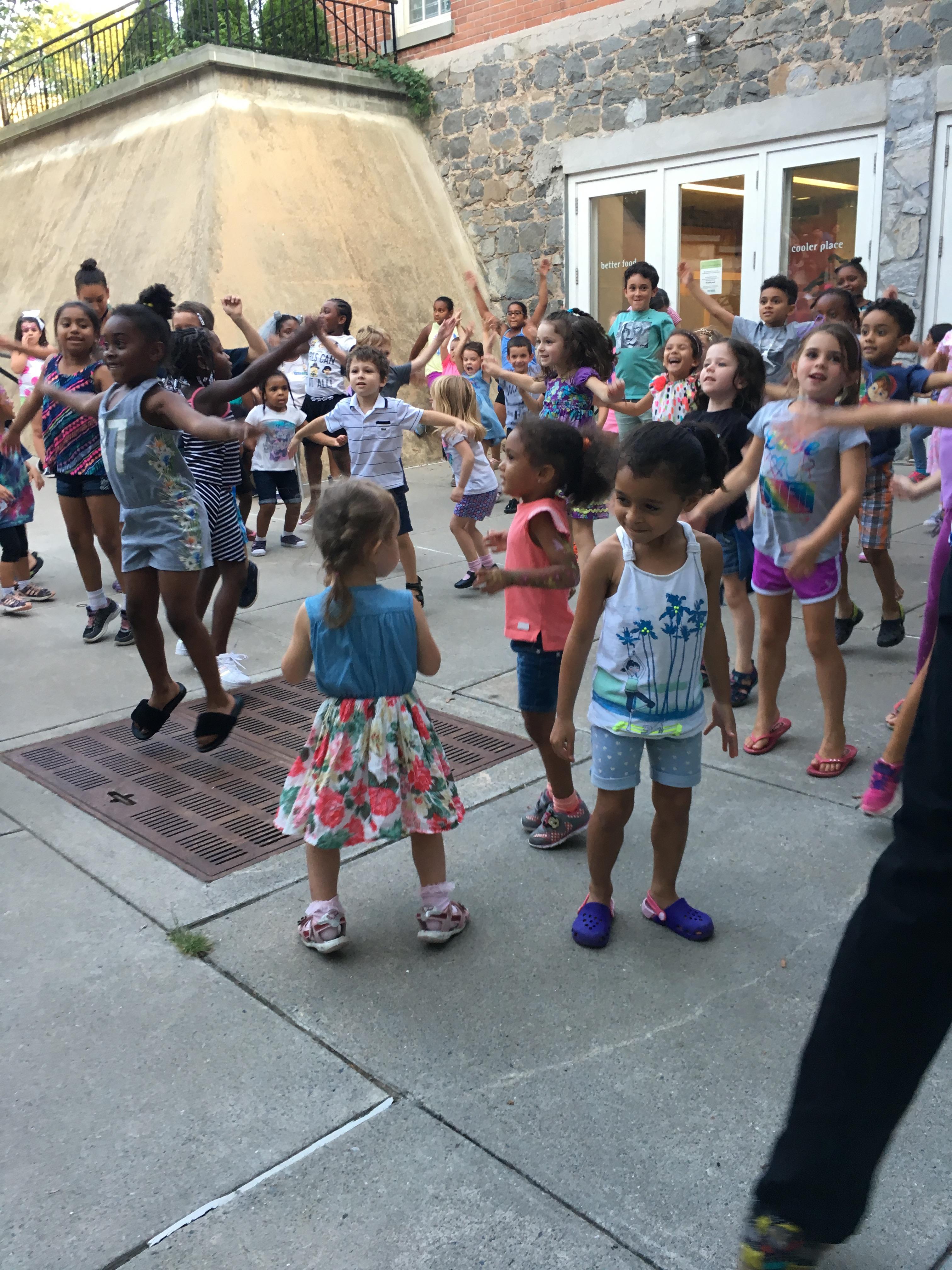 Staten Island Children's Museum: Boogie Woogie Wednesdays