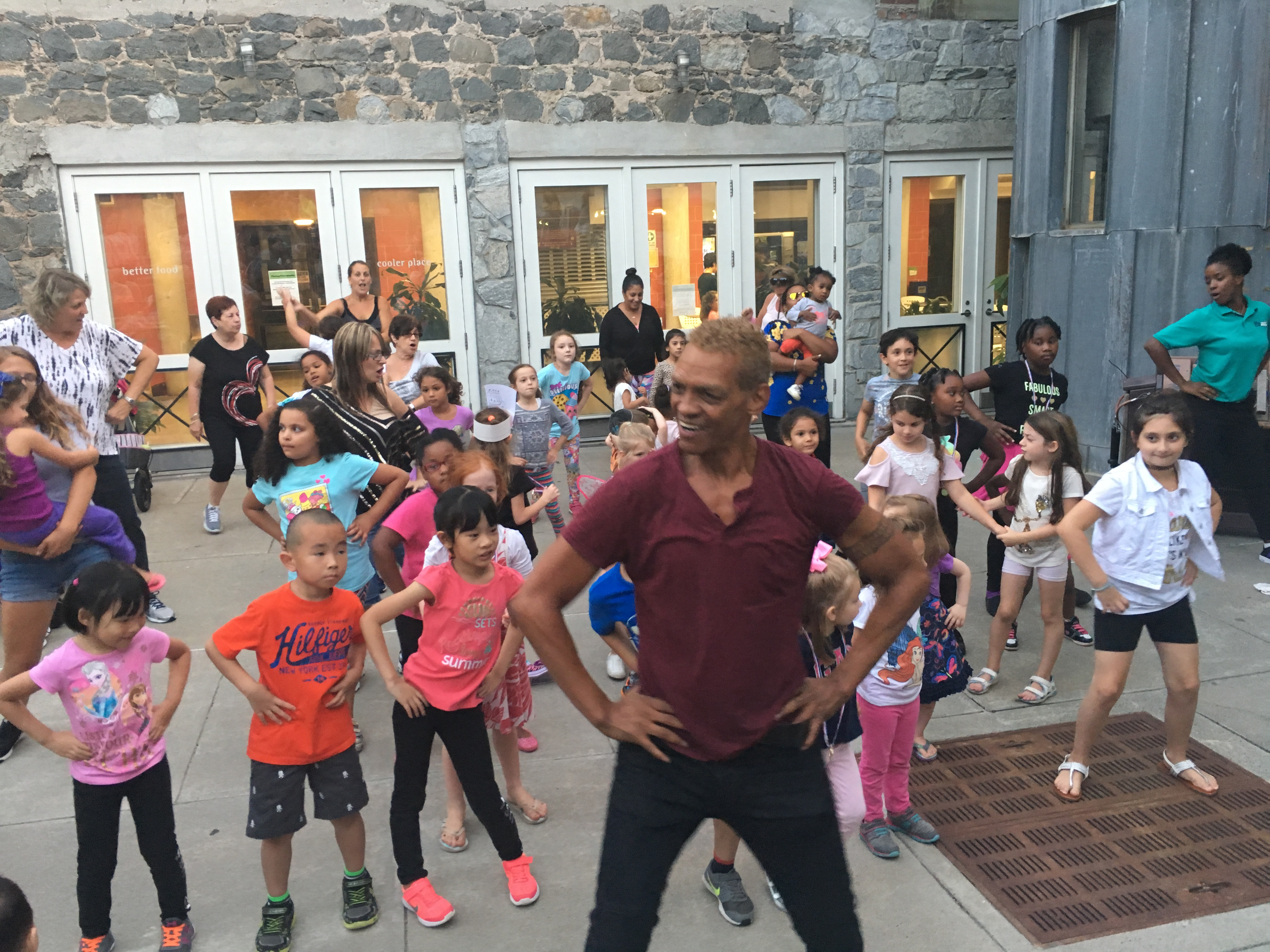 Staten Island Children's Museum: Boogie Woogie Wednesdays